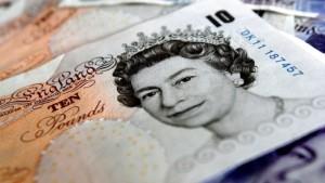 Abwertung des britischen Pfund beschleunigt sich
