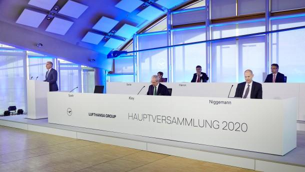 Lufthansa-Aktionäre in Turbulenzen