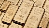 Der Preis einer Feinunze Gold stieg in der Spitze auf 1673 Dollar