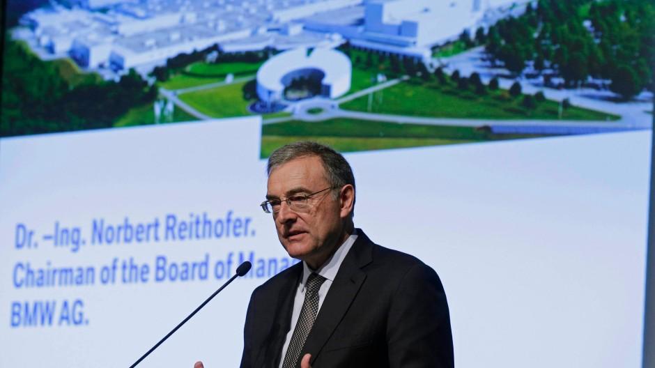BMW-Chef Norbert Reithofer spricht Klartext - das meinen zumindest die Wissenschaftler von der Universität Hohenheim.