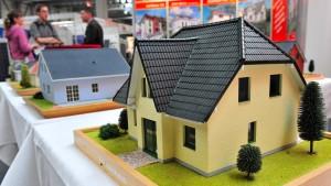 Lieber Aktien auf Pump kaufen als fürs Eigenheim sparen