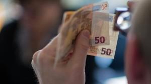 Geldfälscher haben weltweit weniger Euro-Blüten in Umlauf gebracht.