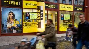 In Zeiten der Digitalisierung wirkten die Verfahren von Western Union ziemlich archaisch - doch nun will sich die Transferbank neu aufstellen.