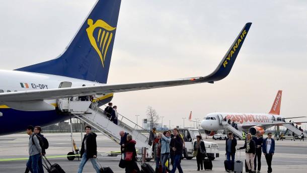 Passagiere müssen im Dezember tiefer in die Tasche greifen