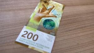 Einige Geldautomaten erkennen neuen 200-Franken-Schein nicht