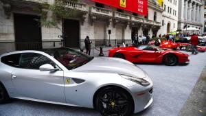 Ferraris oder Handtaschen sorgen an der Börse für Rendite