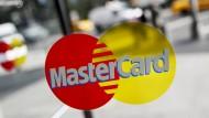 MasterCard ist im jahrelangen Streit um ein Verbot grenzübergreifender Kreditkartengebühren vor dem höchsten EU-Gericht gescheitert