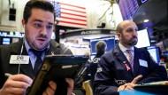 Die Aktienhändler an der New Yorker Börse haben derzeit viel zu tun.