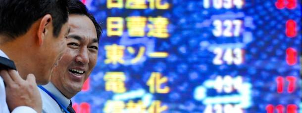 Die japanischen Börsen freuen sich über die geldpolitische Lockerung.
