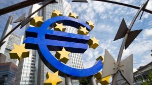 Euro fällt auf Zwei-Jahres-Tief