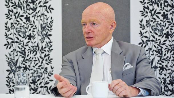 Mark Mobius - Der Anlagechef für den Bereich  Schwellenländer beim amerikanischen Hedgefond Franklin Templeton stellt sich in Mannheim den Fragen von Dennis Kremer