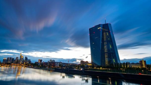 EZB muss ihre Inflationsprognosen raufsetzen