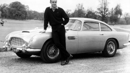 Aston Martin baut 007-Auto nach