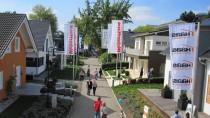 Eindrücke sammeln: Deutschlands älteste Fertighausausstellung in Fellbach