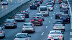 Kfz-Versicherungen werden erstmals seit Jahren billiger