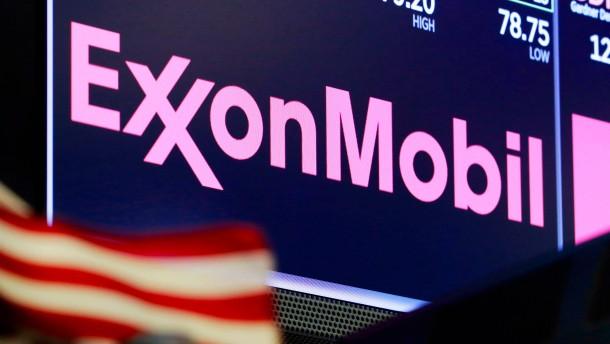 Börsendinosaurier Exxon Mobil fliegt aus dem Leitindex
