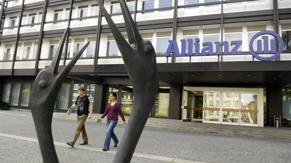Die Allianz macht Schluss mit der Sorglos-Garantie für Lebensversicherungen.