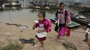 Zwei von drei chinesischen Landkindern brechen Schule ab