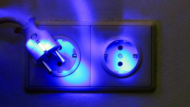 So können Verbraucher beim Strom sparen