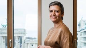 Vestager greift Google & Co. scharf an