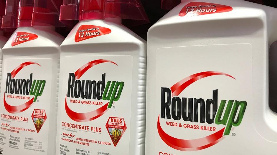 Der Unkrautvernichter Roundup der Bayer-Tochter Monsanto enthält Glyphosat