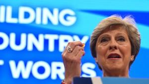 May schickt Europas Versorger-Aktien auf Talfahrt