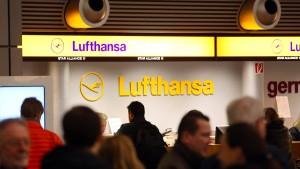 Lufthansa sagt wegen des Pilotenstreiks über 400 Flüge ab