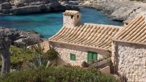 Klein, charmant und Millionen wert: Ferienhaus an der Cala Llombards im Süden der Insel
