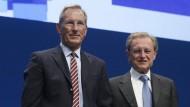 Vorstandsvorsitzender Michael Diekmann (l) und Aufsichtsratsvorsitzender Helmut Perlet