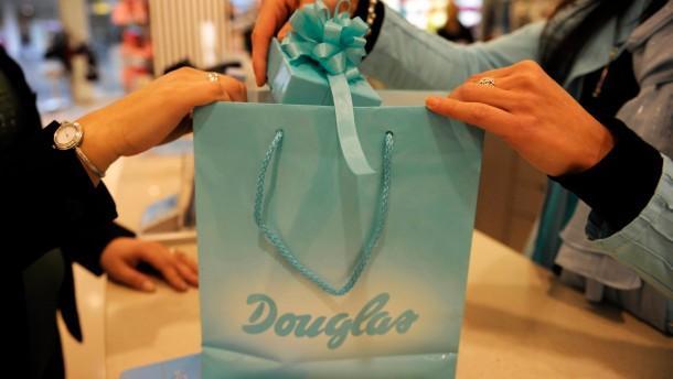 Douglas soll auch mit Finanzinvestor Familienunternehmen bleiben