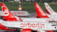 Air Berlin fliegt 2014 Rekordverlust ein