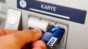 Wettlauf um sichere Daten am Geldautomaten