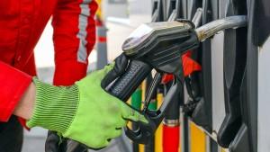 Benzinpreis-Rutsch drückt die Inflation