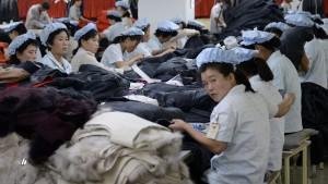 Industrieproduktion steigt, Verbraucherpreise fallen