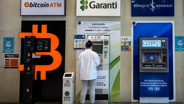 Wie Anleger sich in der neuen Geld-Welt orientieren