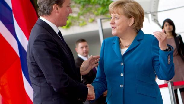 Britischer Premier Cameron besucht Deutschland