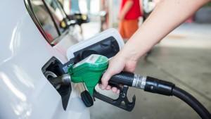 Benzin und Diesel so teuer wie seit drei Jahren nicht