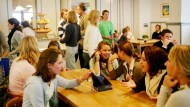 In die Bildung der Kinder investieren