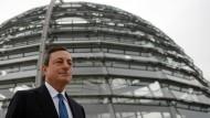 EZB-Präsident Draghi stellt sich Fragen des Bundestages