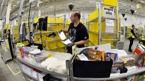 Wo ist meine Sache am billigsten? Allein beim weltgrößten Internet-Versandunternehmen Amazon kann es zu über drei Millionen Preisbewegungen im Monat kommen.