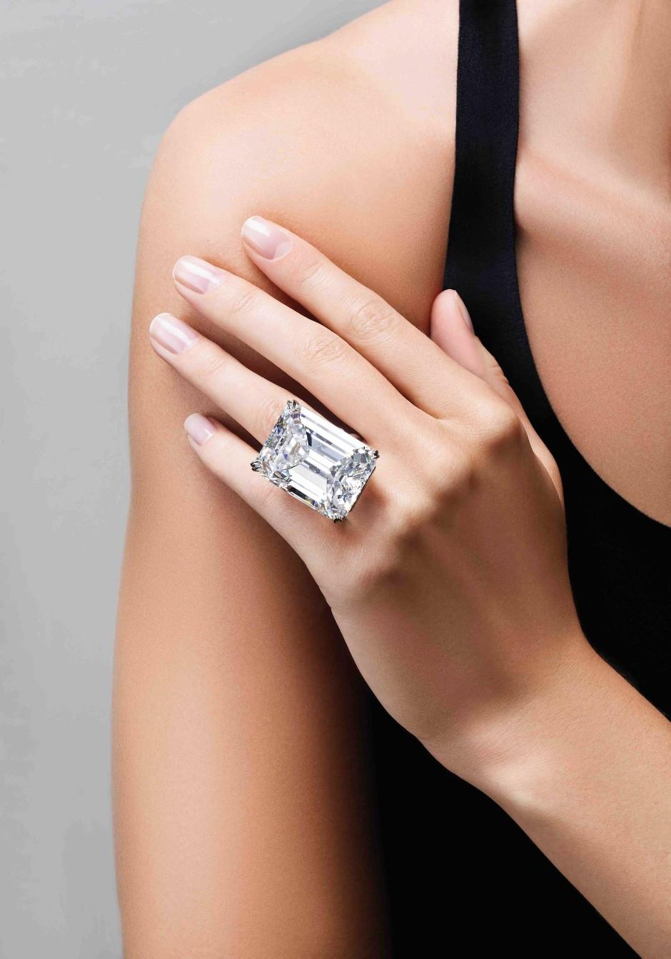 bilderstrecke zu wie kaufe ich mir einen diamanten bild 1 von 2 faz. Black Bedroom Furniture Sets. Home Design Ideas