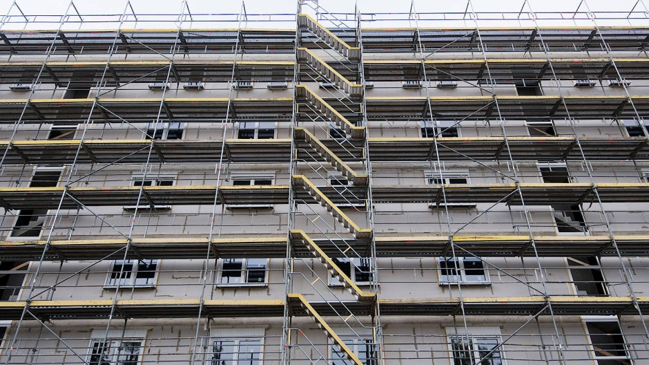 In Städten wird weniger gebaut als auf dem Land, was den Wohnungsmangel in Ballungsgebieten verschärft