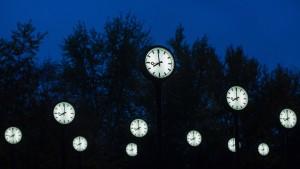 Frauen leiden besonders unter der Zeitumstellung
