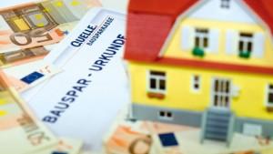 Bausparen für Kinder gilt als unrentable Sparform