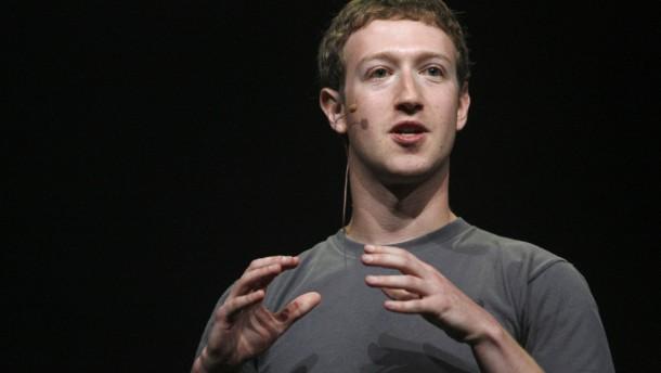 Facebook-Gründer Zuckerberg hält an seinen Aktien fest