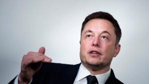 Elon Musk heuert wohl Morgan Stanley für Börsenrückzug an