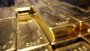 Goldpreis fällt um 4 Prozent