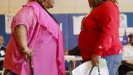 Kleinere Flaschen sollen Fettleibigen in Amerika helfen