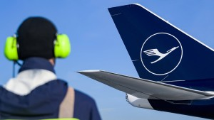 Flugbranche profitiert von Corona-Impfung