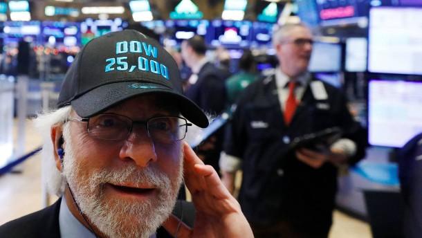 Dow Jones knackt erstmals Marke von 25.000 Punkten